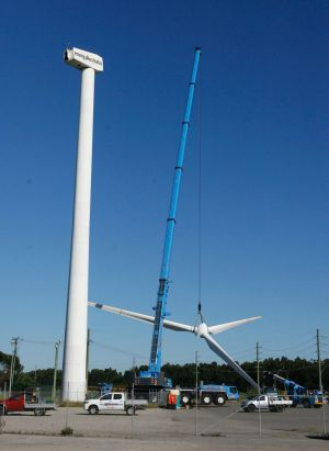 Confidence in the renewables industry has been dismantled, critics say.