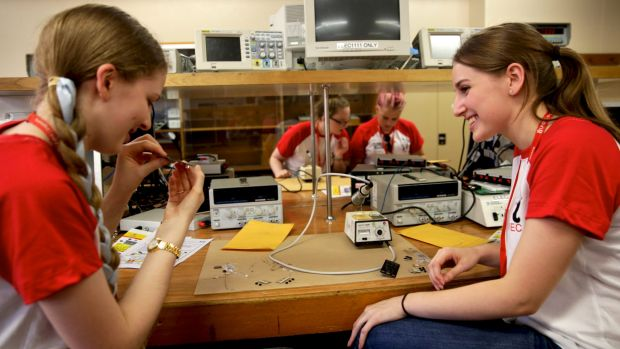 Aleesha Caldwell from Gosford High and Jaime Boniface from Abbotsleigh in the engineering lab at UNSW.