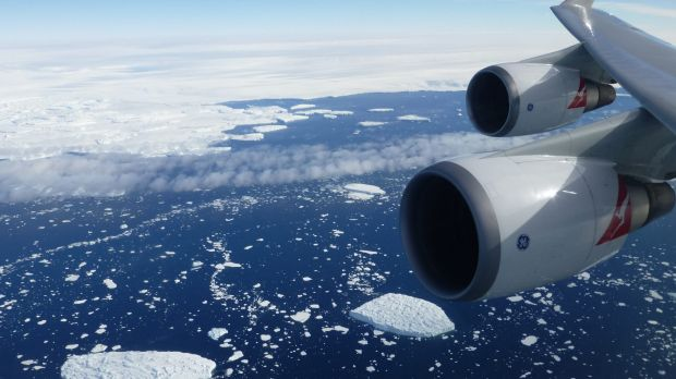In an Australian Day first a couple will become Australian citizens on board a flight over Antarctica