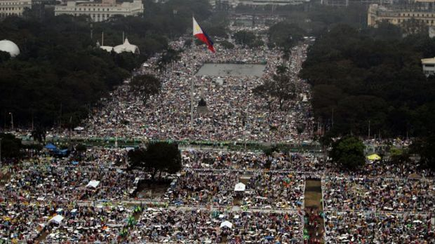 An aerial view shows the crowd who gathered to see Pope Francis at Luneta Park in Manila.