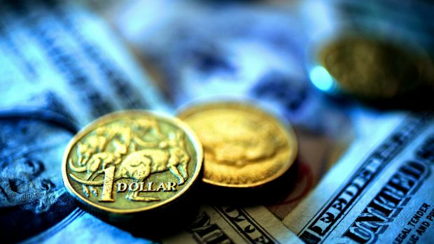 A strengthening greenback has heaped pressure on the Australian dollar as momentum towards an interest rate cut builds.