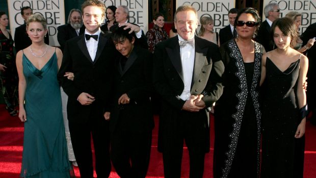 Robin Williams and then-wife Marsha Garces Williams, sons Cody, Zachary with girlfriend Alex and daughter Zelda arrive ...