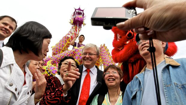 Kevin Rudd proved popular with the Chinese community.
