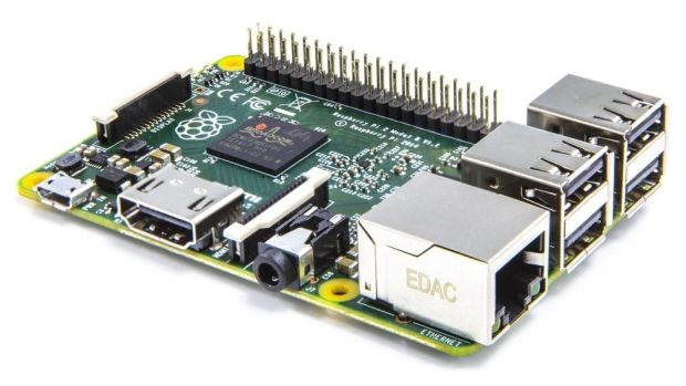 The $40 Raspberry Pi 2 is ready to tackle Microsoft Windows.
