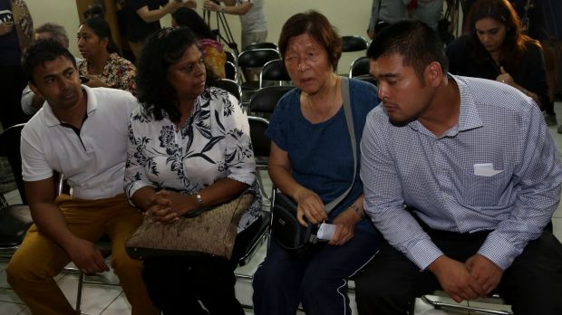 The families of Myuran Sukumaran and Andrew Chan meet with the National Commission on Human Rights in Jakarta.