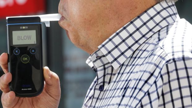 The Victorian government appears to be backing away from a pre-election promise to conduct random breath tests of judges ...