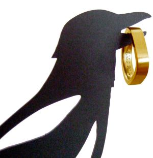 Scentifically inaccurate (but witty) 'Thieving Magpie' jewellery holder, by Neue Freunde.