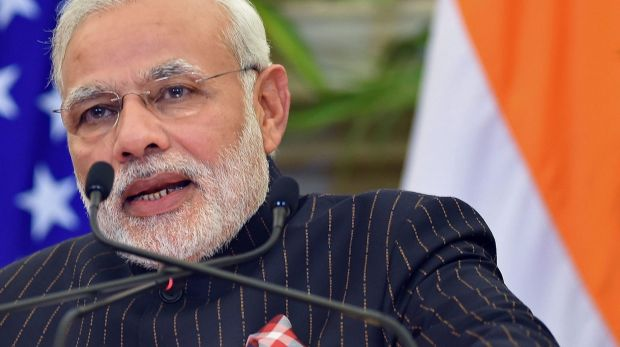 Indian Prime Minister Narendra Modi wearing the suit bearing his own name.