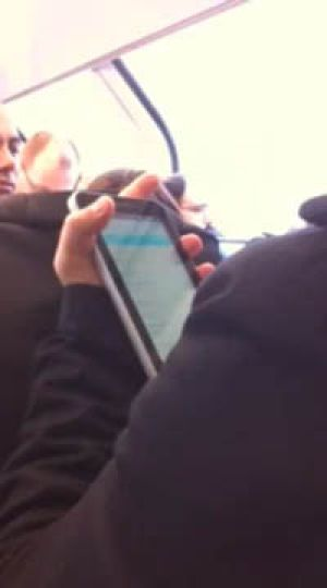 Spotted: Samsung's iPad-rival <i>Photo: <a ...