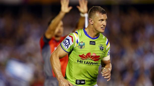 Jack Wighton of the Raiders is sent to the sin bin for throwing a punch.