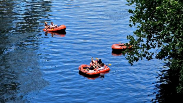 Inflatable boats on the Yarra River