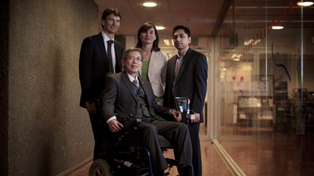 Left to Right: Paul Butler, Leigh Angus, Jawad Shamsi Front: Professor Hung Nguyen.