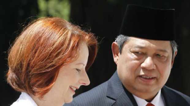 Partners ... Julia Gillard with Dr Yudhoyono.