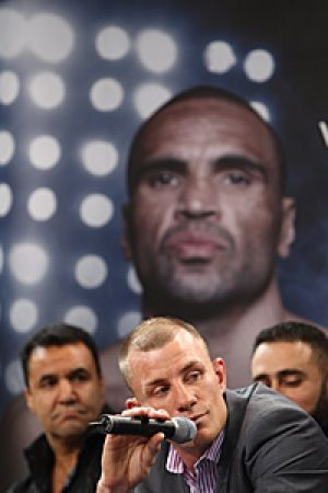Anthony Mundine and Garth Wood announce their fight.