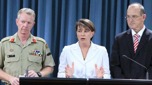 Premier Anna Bligh and Senator Bill Ludwig at the announcement of the appointment of Major General Mick Slater as floods ...