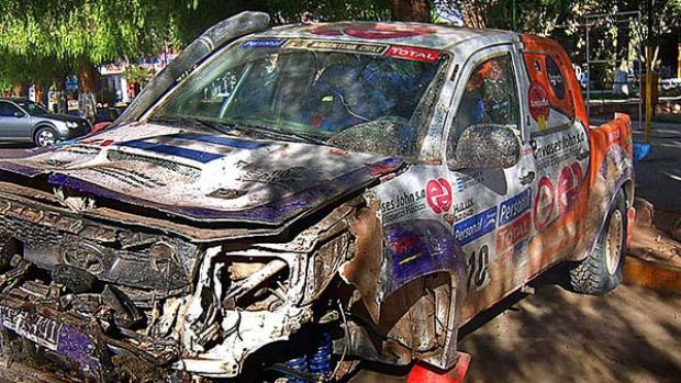 The wrecked Toyota Hilux 410 driven by an Argentine driver.
