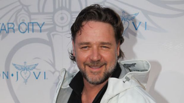 Russell Crowe ... set to unveil a sponsorship deal between the Rabbitohs and Star City.