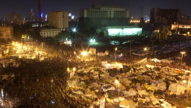 Tens of thousands of Egyptian anti-government protesters crowd Cairo's Tahrir square