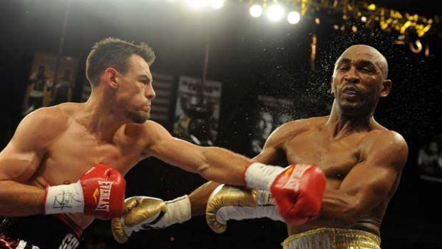 Ghost buster ... American Robert Guerrero rocks Cuban junior welterweight Joel Casamayor. He pulled out of a bout with ...