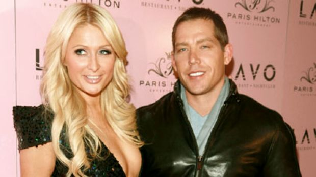 Jewellery shopping ... Paris Hilton and Cy Waits fuel marriage rumours.