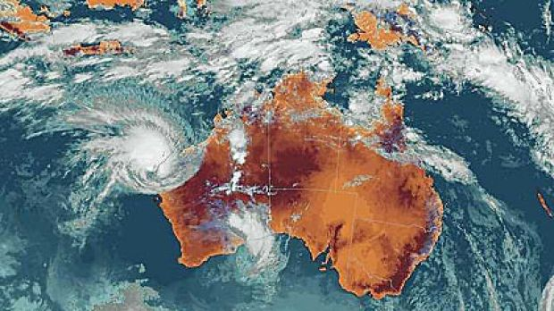 Cyclone Carlos takes aim at Ningaloo.