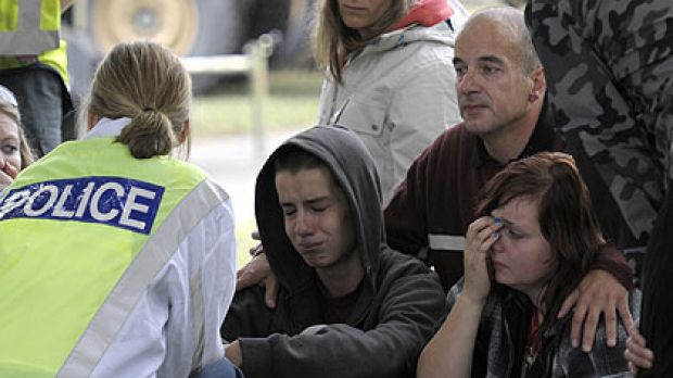 A policeman breaks the news to Kent, Jonathan and Libby Manning that their mother is feared dead in the CTV building ...