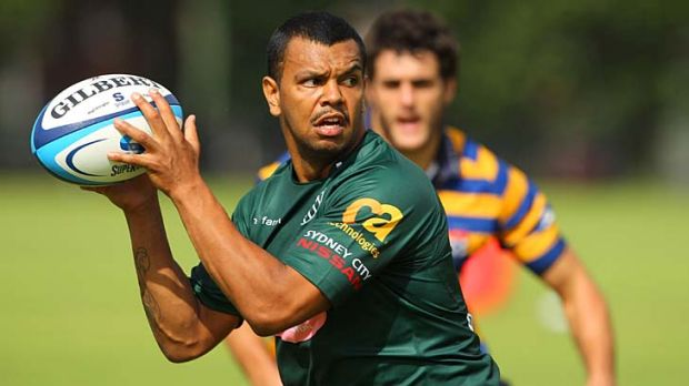 Utility ... Kurtley Beale trains at Moore Park yesterday.