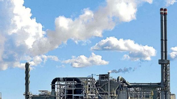 Investors sliced almost 6 per cent off Alumina shares after hearing of Alcoa's cost concerns.