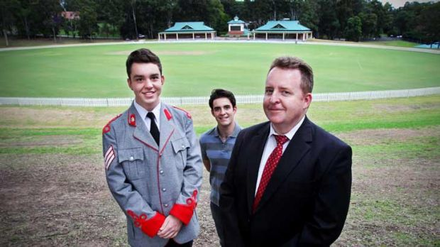 Opportunities...Des Sloane with his sons (from left) Heath, 16, and Vale, 19.