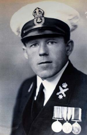 Royal Australian Navy service ... Mr Choules also nfought with the British Navy in World War I.