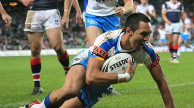 Gold Coast winger Jordan Rapana will return to Australia in the next fortnight after a two-year sabbatical.
