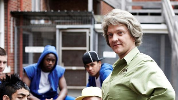 Gran (right), a character from Chris Lilley's <i>Angry Boys</i>.
