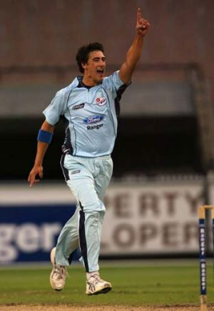 Mitchell Starc: Potential addition to Australian test team.