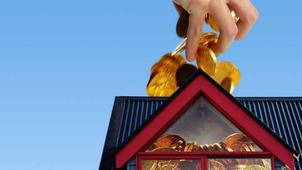 Number of Australians struggling to pay their mortgage hit a new high in first three months of 2011.