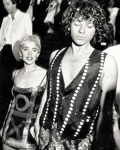 """Kylie Minogue leaves the Australian premiere of her new film, """"The delinquents"""" with INXS lead singer Michael Hutchence. ..."""