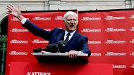 5.6.2011. SMH.Brisbane. Parliament House. Bob Katter Addressing the media outside Qld parliament house about his ...