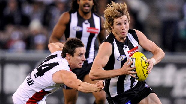 Dale Thomas (right) in action against St Kilda.