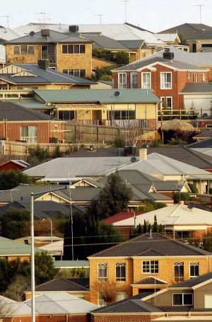 The average value of owner-occupied housing finance commitments in Victoria rose for the first time this year.