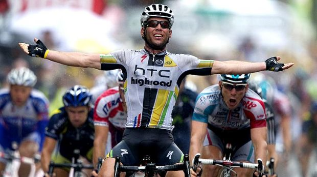 Cavendish wins stage to take green jersey