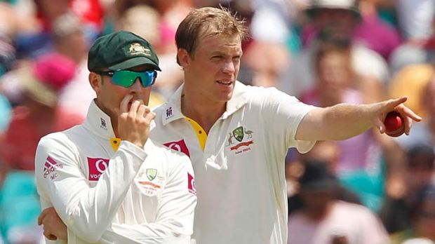 New Aussie skipper Michael Clarke give some advice to newcomer Michael Beer, fifth Test, 2011.