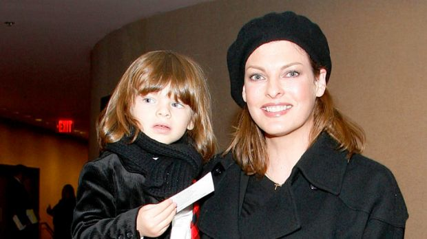 Model mum ... Linda Evangelista with son Augustin.