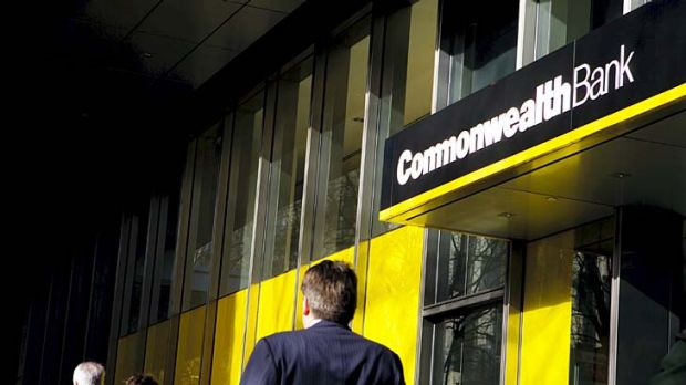 Commonwealth Bank and regional lender Bendigo and Adelaide Bank become the latest banks to break ranks with the RBA.