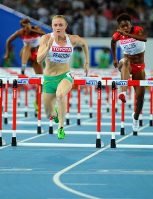 Sally Pearson, on her way to winning the gold.
