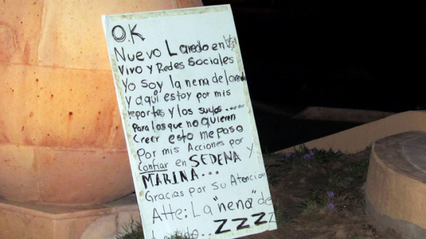 The message left by the dead blogger's body by the notorious Zetas drug cartel.