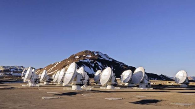 High and dry ... the ALMA antennas on the Chajnantor Plateau, 5000m above sea level.