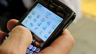 Blackberry outages spread to Latin America (Video Thumbnail)