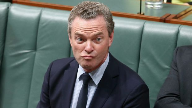 Education Minister Christopher Pyne has said he'll continue to argue for fee deregulation.