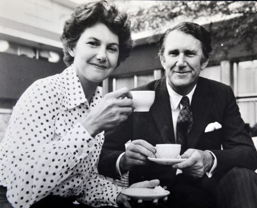 Canberra Times photo. Former Prime Minister Malcolm Fraser. Mr and Mrs Fraser enjoy tea at the Canberra Rex Hotel. (12/11/75)