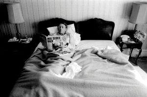 Malcolm Fraser wins his second term of government and reads about it in the Sunday papers while staying at the Windsor hotel.