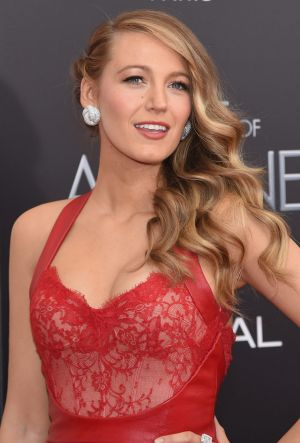 Dusting can help get rid of split ends, without losing length. We bet Blake Lively would approve.